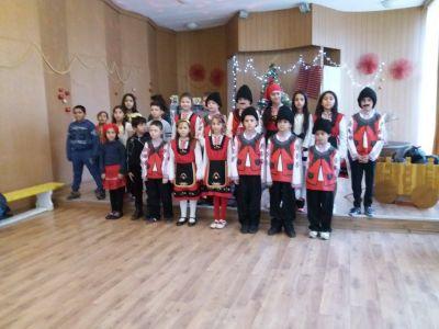 21.12.2017 г. - Коледно тържество на ІІІ б клас - ОУ Паисий Хилендарски - Каблешково