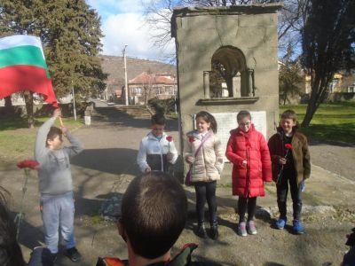 Честит празник, България!!!  4