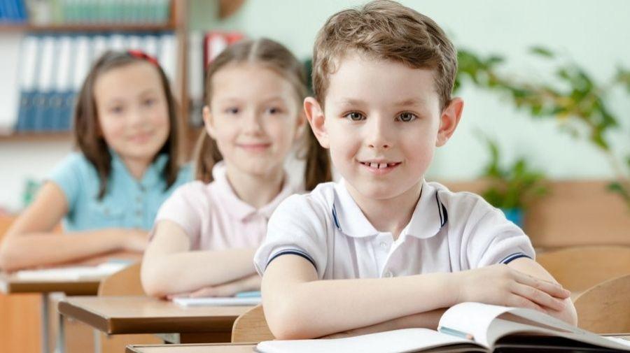Писмо във връзка с информиране на родителите на деца, които са записали децата си в първи клас, за отпускане на еднократна помощ за покриване на част от разходите в началото на учебната година. Заявленията се подават не по-късно от 15.10.21г - голяма снимка